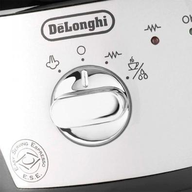 Máquina de Café DeLonghi Expresso Manual EC220CD, 15 BAR, 220V, Preto - 0132151068